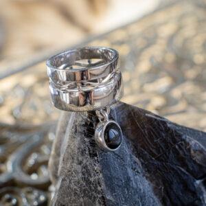 Геометрическое серебряное кольцо