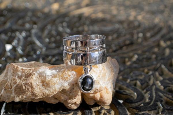 Серебряное кольцо с диопсидом