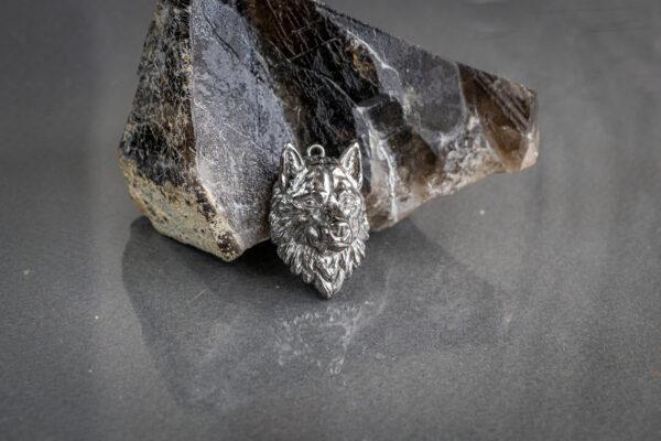 Массивный серебряный кулон с волком