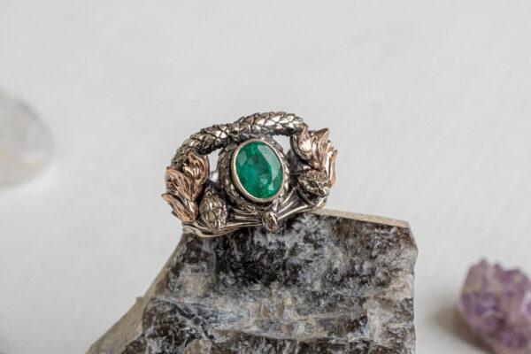 Кольцо Арагорна с изумрудом формы Овал