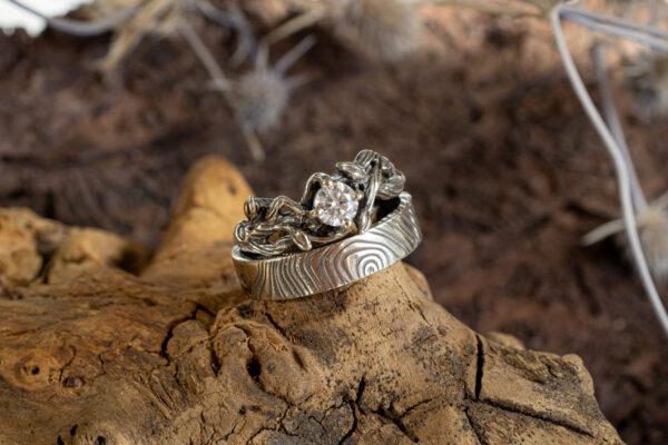 Обручальные кольца с муассанитом