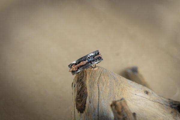 Фактурное мужское кольцо