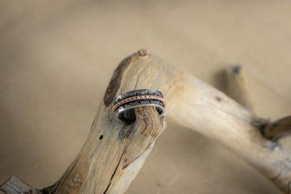 Серебряное кольцо с драконом